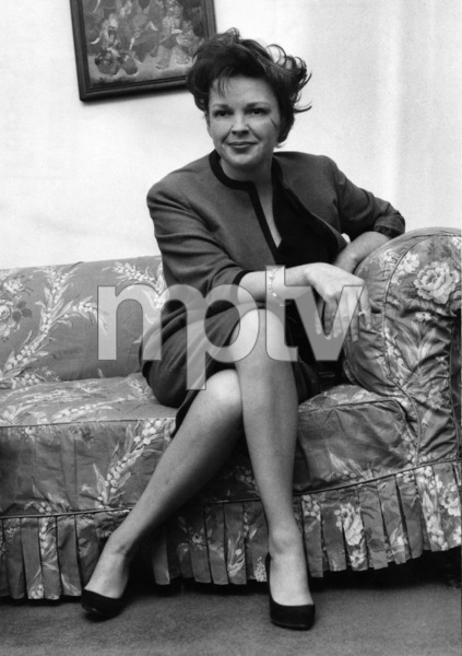 Judy Garland at the Savoy Hotel in London after putting an all night guard on her children1962** I.V. - Image 0733_2250