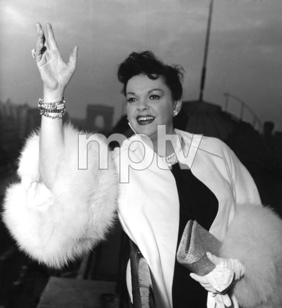 Judy Garland in France 1960** I.V. - Image 0733_2268