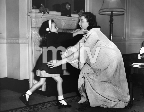 Judy Garland and daughter Liza Minnelli1950** I.V. - Image 0733_2270