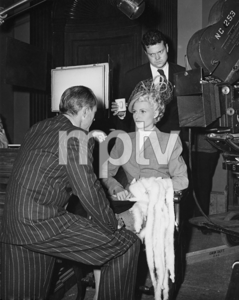 """Rita Hayworth and Orson Welles on the set of """"The Lady from Shanghai""""1947 Columbia PicturesPhoto by Cronenweth** I.V. - Image 0742_2069"""