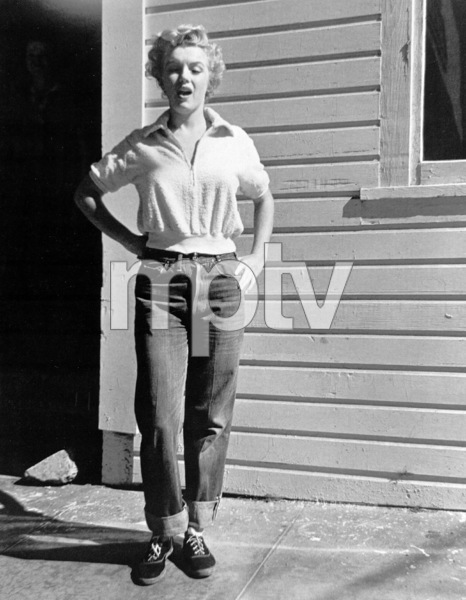 """Marilyn Monroe""""Clash By Night""""1952 RKO**R.C. - Image 0758_0439"""
