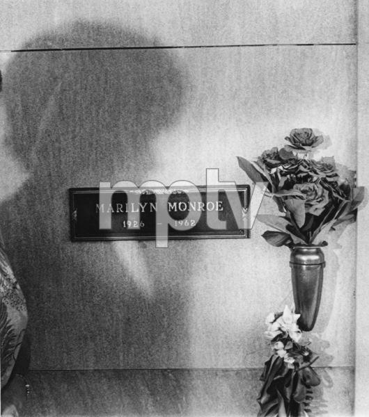 The shadow upon Marilyn Monroe