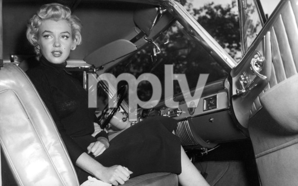 Marilyn Monroe After Announcement Of Her Divorce From Jo DiMaggio 1954 IV