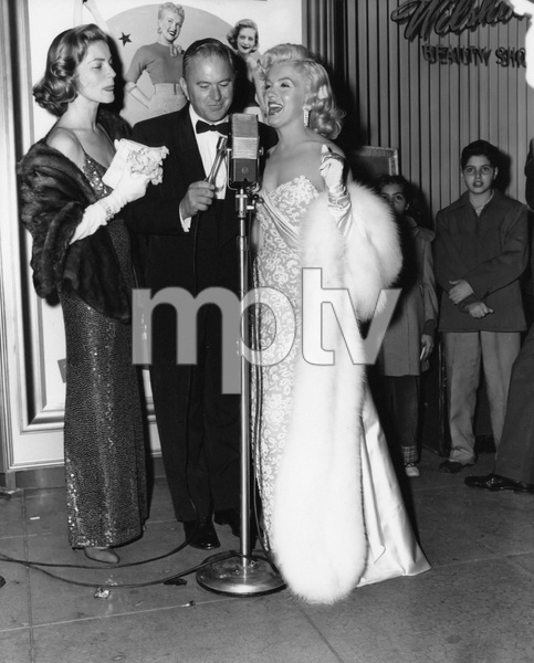 """Lauren Bacall and Marilyn Monroe at the premiere of """"How to Marry a Millionaire""""circa 1953** I.V. - Image 0758_1061"""