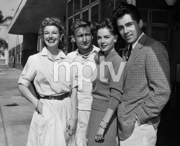 Nan Leslie, Nick Adams, Natalie Wood,and Perry Lopez.  c. 1956. - Image 0764_0138