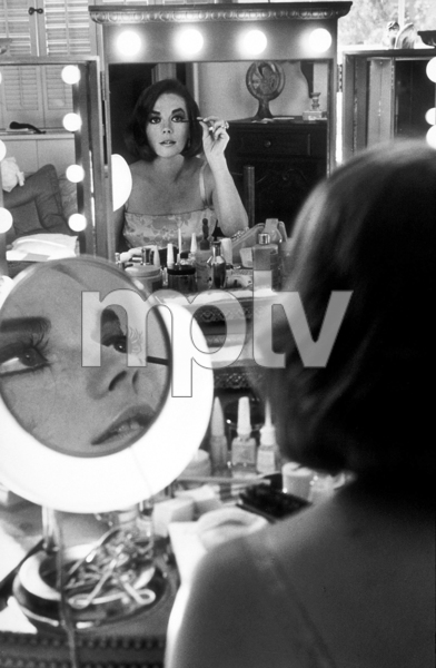 Natalie Wood at home in Beverly Hills, CA, 1973. © 1978 Gunther MPTV - Image 0764_0269