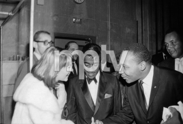 Natalie Wood, Sammy Davis Jr. and Martin Luther King Jr.1963© 1978 David Sutton - Image 0764_0469