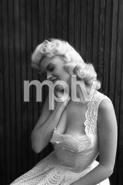 Jayne Mansfield at home1956 © 1978 Lou Jacobs Jr. - Image 0774_0645