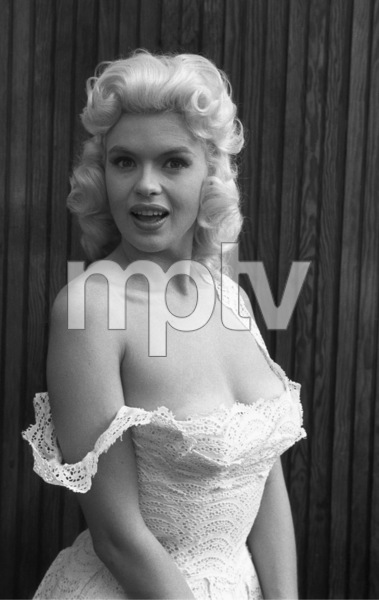 Jayne Mansfield at home1956 © 1978 Lou Jacobs Jr. - Image 0774_0654