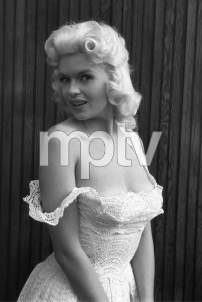 Jayne Mansfield at home1956 © 1978 Lou Jacobs Jr. - Image 0774_0655