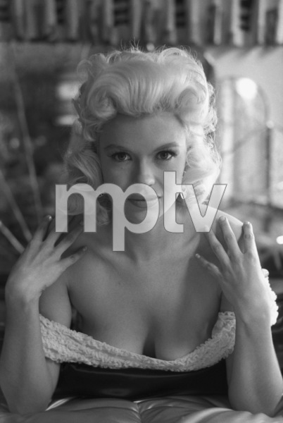 Jayne Mansfield at home1956 © 1978 Lou Jacobs Jr. - Image 0774_0659