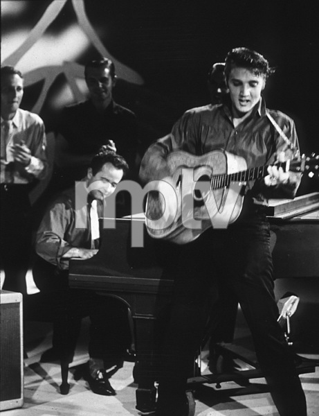 "Elvis Presley in Los Angeles, for appearance on ""The Ed Sullivan Show,"" 9/9/56.Photo by Gabi Rona - Image 0818_0409"