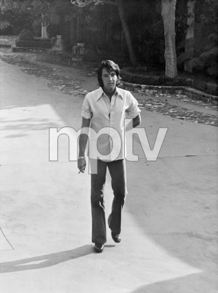 Elvis Presley in his drivewaycirca 1970s© 1978 Gary Lewis - Image 0818_0697