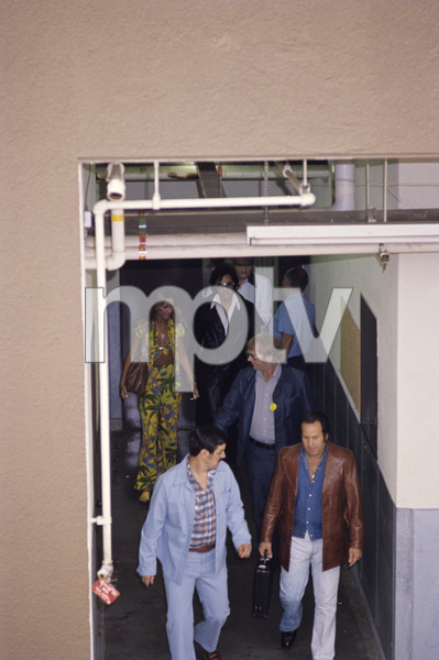 Elvis Presley with Linda Thompson, Red West and father Vernoncirca 1970s© 1978 Gary Lewis - Image 0818_0713