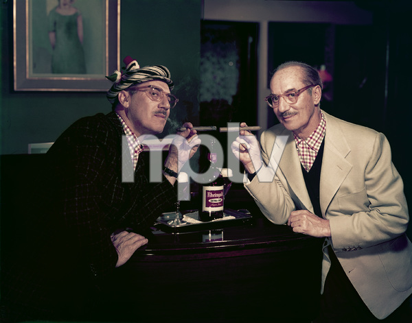 Groucho Marx posing for a Rheingold beer advertisement 1957 © 1978 Paul Hesse - Image 0820_0106
