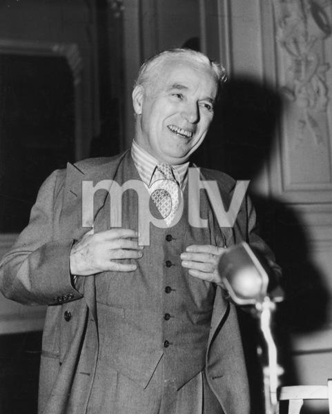 "Charlie Chaplinat a press conference for ""Monsieur Verdoux""April 14, 1947, New York City**I.V. - Image 0860_0696"