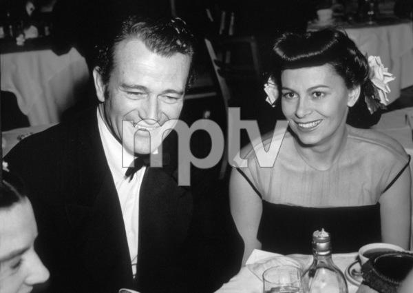 John Wayne with wife Josephine Alicia Saenz circa 1940s ** I.V. - Image 0898_3356
