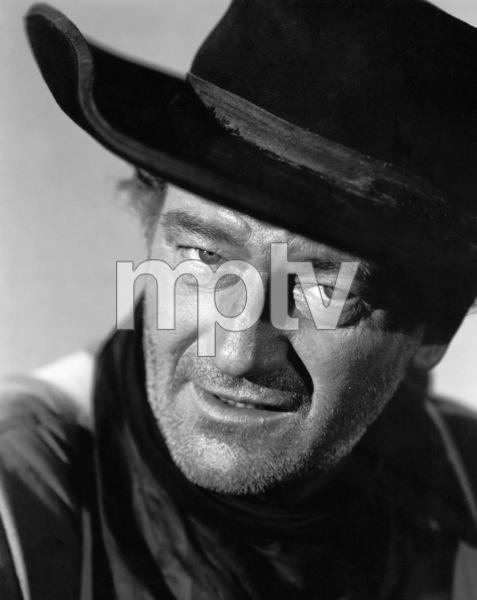 "John Wayne in ""The Searchers"" 1956 Warner Brothers ** I.V. - Image 0898_3375"