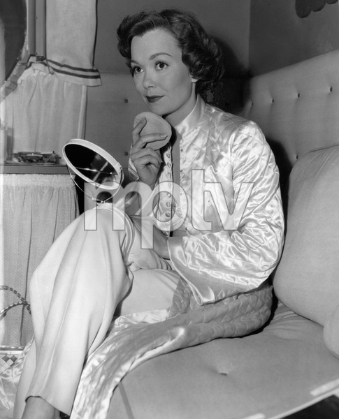 "Jane Wymanbetween the scenes during the filming of ""Stage Fright""1950 - Image 0907_0126"