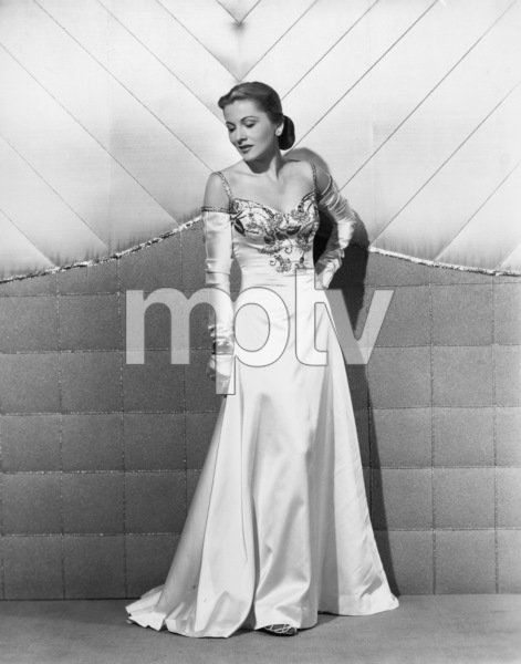 Joan Fontaine1947Photo by Ray Jones - Image 0922_0713