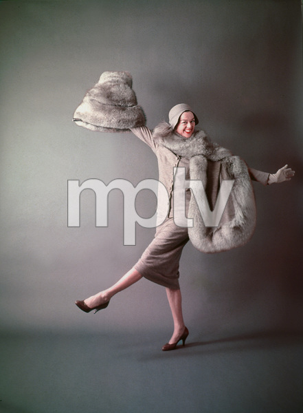 """Rosalind Russell in character as Auntie Mame fromthe play production of """"Auntie Mame"""" 1956 © 2001 Mark Shaw - Image 0952_8441"""