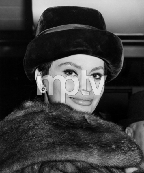 Sophia Loren, c. 1963. - Image 0959_2127