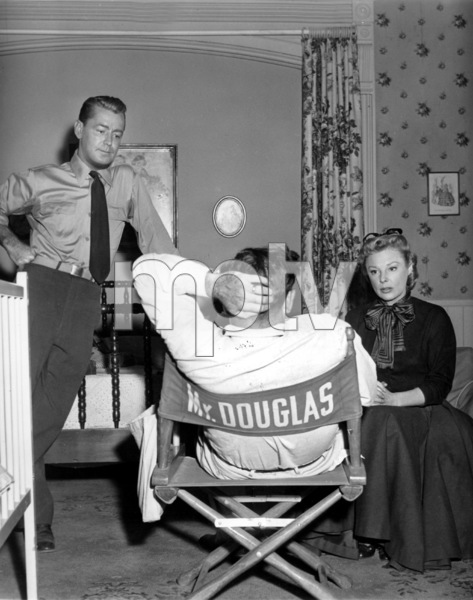 "June Allyson and Alan Ladd with Dir. Gordon Douglas on the set of ""The McConnell Story""1955 - Image 0983_0063"