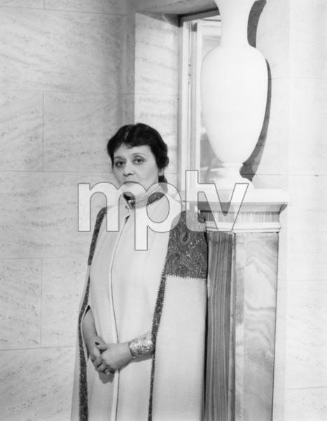 Theda Baracirca 1945© 1978 John Engstead - Image 0989_0001