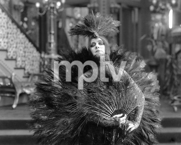 Theda Bara in London 1938, I.V. - Image 0989_3006