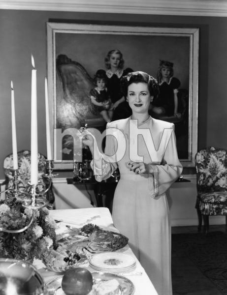 Joan Bennett in an advertisment for Lennox Chinacirca 1950s© 1978 Paul Hesse - Image 0994_0041