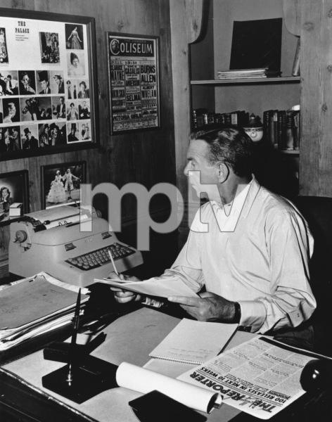 George Burns, 1957. © 1978 Sid Avery - Image 1001_0061