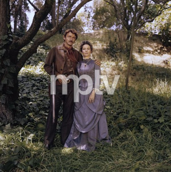 """The Wild Country""Steve Forrest, Vera Miles1970© 1978 Gene Howard - Image 10319_0002"