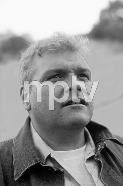 Brian Dennehy1981** H.L. - Image 10564_0002
