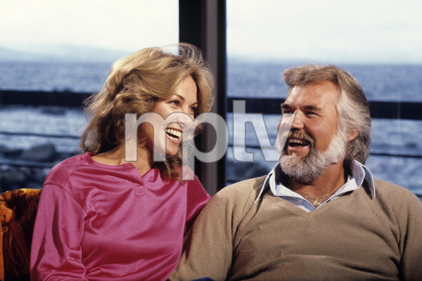 Kenny Rogers and and his wife, Marianne Gordoncirca 1980s** H.L. - Image 10575_0051