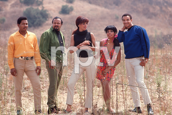 Fifth DimensionMarilyn McCoo,Florence LaRue,LaMont McLemore,Ron Townson,Billy DavisC. 1969 © 1978 GuntherMPTV - Image 10640_0004