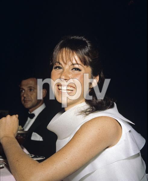 """The Golden Globe Awards""Stefanie Powers1965 © 1978 Bernie Abramson  - Image 10742_0007"