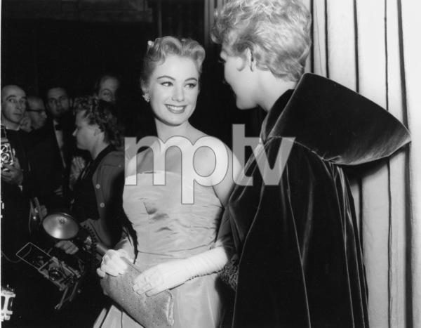 """Academy Awards - 30th Annual""Shirley Jones, Kim Novak1958**I.V. - Image 10764_0059"