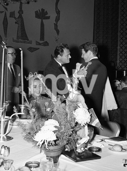 """Beverly Hilton Awards Dinner""Elizabeth Taylor, Michael Todd, Eddie Fisher1957 © 1978 Bernie Abramson - Image 10796_0010"