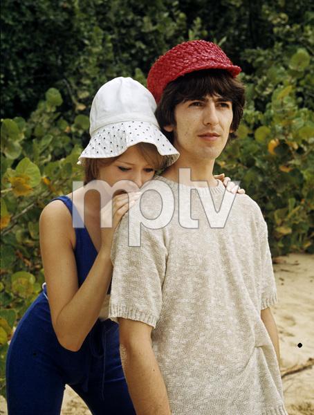 George Harrison and Pattie Boyd1964 © 1978 Gunther - Image 10838_0002