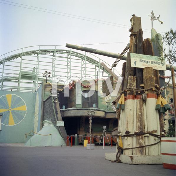 P.O.P. (Pacific Ocean Park) circa 1960 / Santa Monica, CA © 1978 Paul Hesse - Image 10849_0009