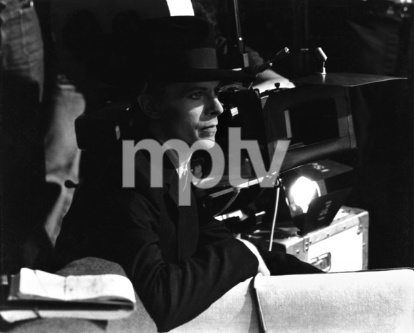 """""""The Man Who Fell to Earth""""David Bowie1976 British Lion Film Corporation** I.V. - Image 10883_0012"""
