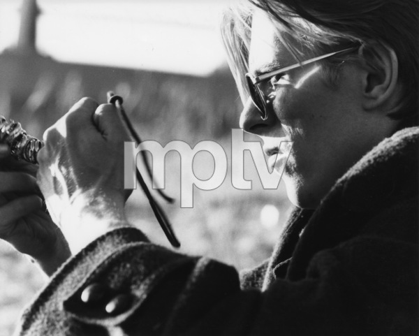 """""""The Man Who Fell to Earth""""David Bowie1976 British Lion Film Corporation** I.V. - Image 10883_0015"""