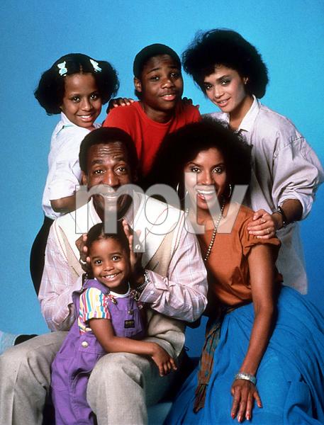 """Cosby Show, The""Keshia Knight Pulliam, Bill Cosby, Tempestt Bledsoe, Malcolm Jamal Warner, Lisa Bonet, Phylicia RashadC. 1985 NBC © 1985 Gene TrindlMPTV - Image 10894_0020"