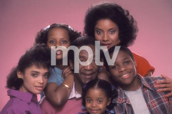 """The Cosby Show""Lisa Bonet, Tempestt Bledsoe, Bill Cosby, Keshia Knight Pulliam, Phylicia Rashad, Malcolm-Jamal Warner1984 © 1984 Mario Casilli - Image 10894_0082"