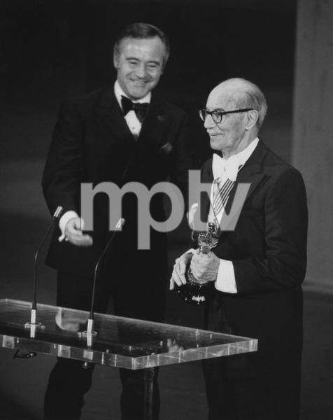 """""""The 46th Annual Academy Awards"""" Groucho Marx, Jack Lemmon 1974 ** I.V. - Image 11016_0017"""