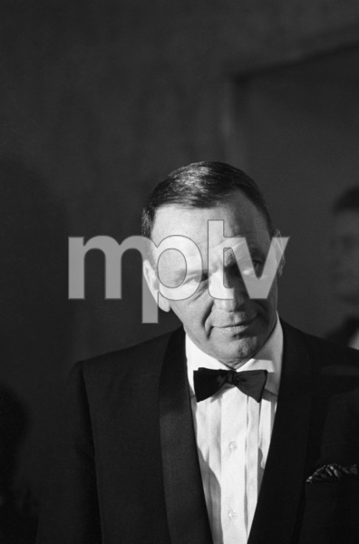 Frank Sinatra at a Cedars-Sinai benefit at the Beverly Hilton Hotel1966 © 1978 Chester Maydole - Image 11078_0013