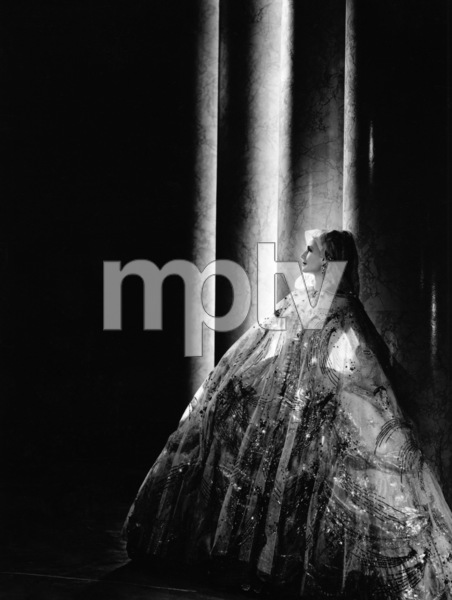 Norma Shearercirca 1934Photo by Laszlo Willinger - Image 1114_0070