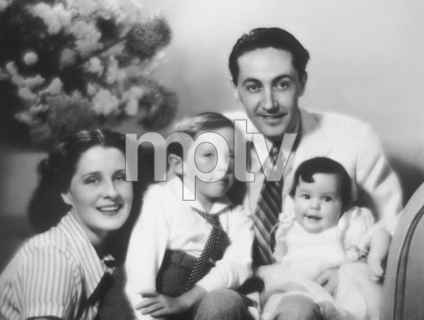 Norma Shearer & husband Irving Thalbergwith their children Irving Jr. and KatharineC. 1935 - Image 1114_0989