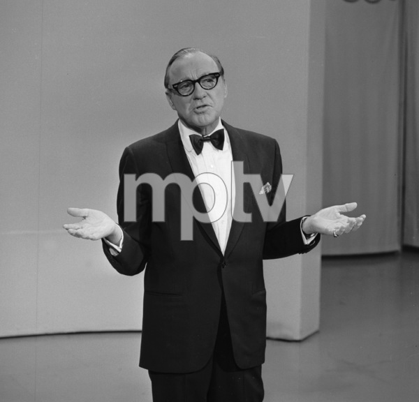 """The Jack Benny Show""Jack Bennyc. 1964 CBSPhoto by Bud Fraker - Image 11164_6001"