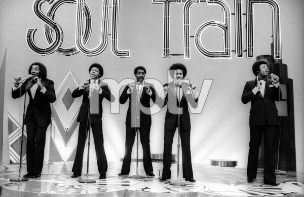 The Temptations on Soul Train (Melvin Franklin, Otis